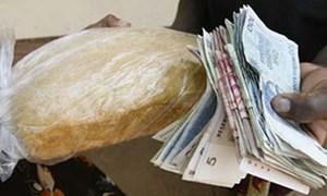 Zimbabwe phát hành tiền giấy 50 tỉ