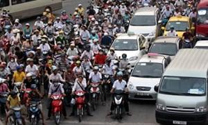 Kiến nghị thu phí đường bộ qua xăng dầu, vé đường