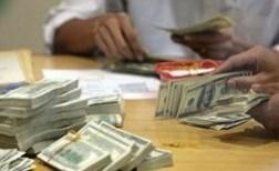 Giá USD ngân hàng bất ngờ giảm mạnh