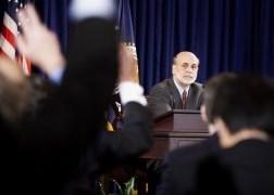 Fed: Sẽ tiếp tục mua trái phiếu