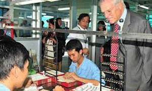 Doanh nghiệp có lời nhờ kinh doanh phụ, giảm chi phí