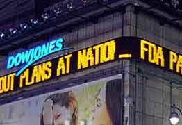 Dow Jones mất mốc 8.000 điểm, xuống mức thấp nhất trong 5 năm