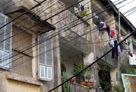 Xây dựng lại chung cư cũ: Vướng mắc từ nhận thức đến thực tế
