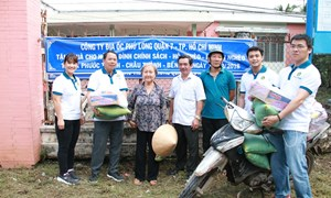 Công ty Phú Long mang tết sớm cho người nghèo tỉnh Bến Tre