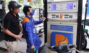 Lần thứ 8 liên tiếp giá xăng, dầu giảm mạnh