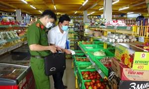 Kiểm tra doanh nghiệp, siêu thị phân phối hàng hóa thiết yếu