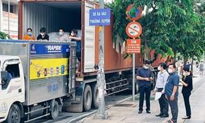 Quyết tâm bàn giao số lượng gạo dự trữ cho các quận, huyện tại TP. Hồ Chí Minh