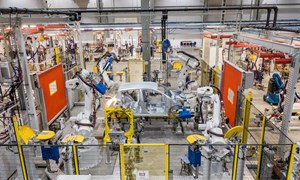 Ra mắt mẫu xe President, mua đường thử tại Úc, thế giới ghi nhận VinFast đã tiến một bước dài