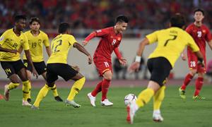 Tập đoàn Hưng Thịnh thưởng nóng tuyển Việt Nam 1 tỷ đồng, thưởng Quang Hải 200 triệu đồng sau trận thắng Malaysia