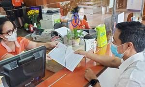 Tăng trưởng tín dụng gắn với tháo gỡ khó khăn cho khách hàng