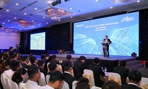 Tập đoàn Hưng Thịnh trao tặng gần 500 chuyến du lịch Hồng Kông cho nhân viên