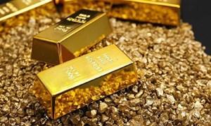 Bất ổn kinh tế thế giới kéo dài khiến giá vàng tiếp tục tăng