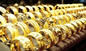 Giá vàng SJC tiếp tục giảm