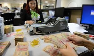 Một số ngân hàng bất ngờ giảm lãi suất huy động