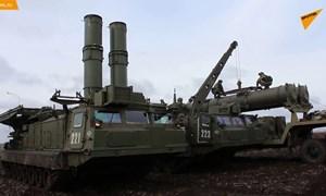 [Video] Quân đội Nga tập trận sử dụng các hệ thống phòng không S-300V4 mới