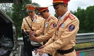 [Video] Cảnh sát giao thông TP. Hồ Chí Minh kiểm tra nồng độ cồn theo quy trình mới