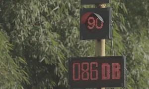 [Video] Sáng kiến răn đe tài xế hay bấm còi