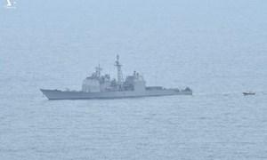 [Infographics] Tuần dương hạm hộ tống tàu sân bay Mỹ thăm Việt Nam