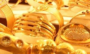 Fed giảm mạnh lãi suất thị trường chứng khoán khiến vàng lao dốc