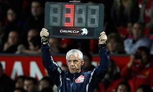 [Video] Tại sao trọng tài cho bù giờ trong các trận bóng đá?