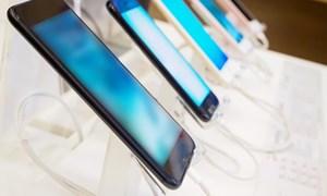 [Video] Doanh số smartphone toàn cầu giảm sốc, Apple mất vị thế công ty nghìn tỷ đô