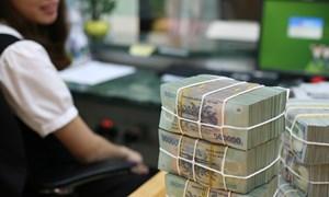 Lãi suất biến động cuối quý I, Ngân hàng Nhà nước bơm thêm tiền hạ nhiệt