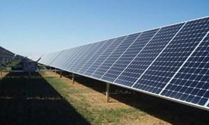 [Infographic] Ấn Độ đặt điện mặt trời làm trọng tâm phát triển