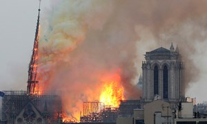 [Infographics] Điểm lại những di sản thế giới bị lửa hủy hoại