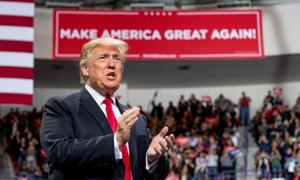 Kinh tế Mỹ mạnh lên, Tổng thống Trump càng có thêm lợi thế