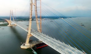 [Video] Cầu Vàm Cống 5.700 tỷ đồng sẽ được thông xe vào cuối tháng 5