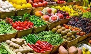 Giá rau củ quả giữ xu hướng đi ngang, giá trái cây giảm mạnh