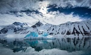 [Video] Cuộc sống cô độc với băng giá ở vòng Bắc Cực
