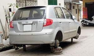 [Video] Cảnh giác với thủ đoạn cẩu trộm ô tô cũ để ven đường