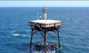 [Video] Khách sạn giữa biển, nguy hiểm nhất thế giới