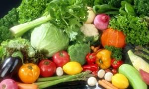 Giá thực phẩm ngày 24/5: Giá rau đi ngang, củ quả, trái cây giảm