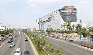 Địa ốc TP. Hồ Chí Minh: Khan hàng, giá tăng sốc
