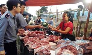 [Video] Nói không với thực phẩm giả và kém chất lượng, Hà Nội đóng cửa 52 cơ sở vi phạm