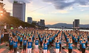 6.000 người tham gia đồng diễn hưởng ứng  Ngày Quốc tế Yoga – Yoga cho cuộc sống xanh