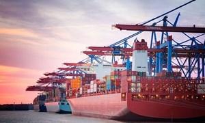 Xuất nhập khẩu hàng hóa trong 5 tháng đầu năm tăng 33,7%