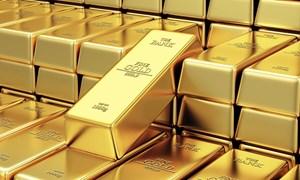 Giá vàng khó đoán định trong lúc đợi động thái của Fed