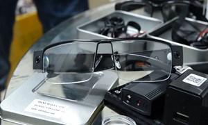 [Video] Thu giữ hơn 600 thiết bị nghi dùng để gian lận trong thi cử