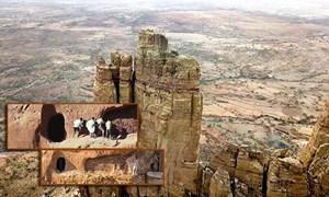 [Video] Nhà thờ trên đỉnh núi ở Ethiopia: Con đường hành hương