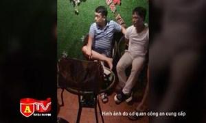 [Video] Hà Nội: Bắt quả tang đối tượng bán ma túy tại quán cafe