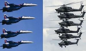 [Video] Choáng với màn nhào lộn cực hoành tráng của dàn máy bay