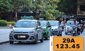 [Video] Loại xe ô tô nào phải chuyển sang biển màu vàng từ 1/8?