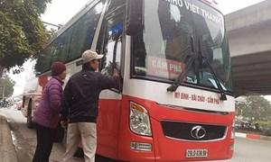 [Video] Xe khách vi phạm: Hành khách đánh cược bằng tính mạng