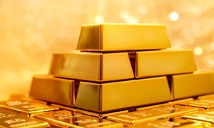 Giá vàng thế giới liên tục thiết lập kỷ lục mới