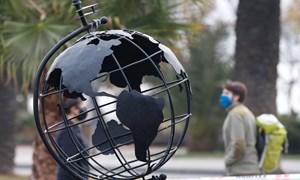 Khoảng cách nới rộng trong phục hồi kinh tế toàn cầu