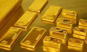 Hôm nay, giá vàng tăng mạnh, đồng USD mất giá