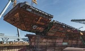 [Video] Cận cảnh quá trình Mỹ lắp ráp tàu sân bay đắt đỏ nhất thế giới
